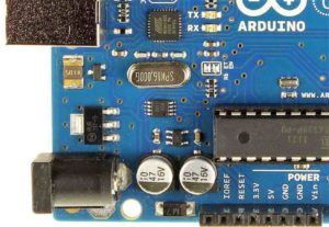 A Closer Look Inside the Arduino Uno, Part 2: Powering the Arduino
